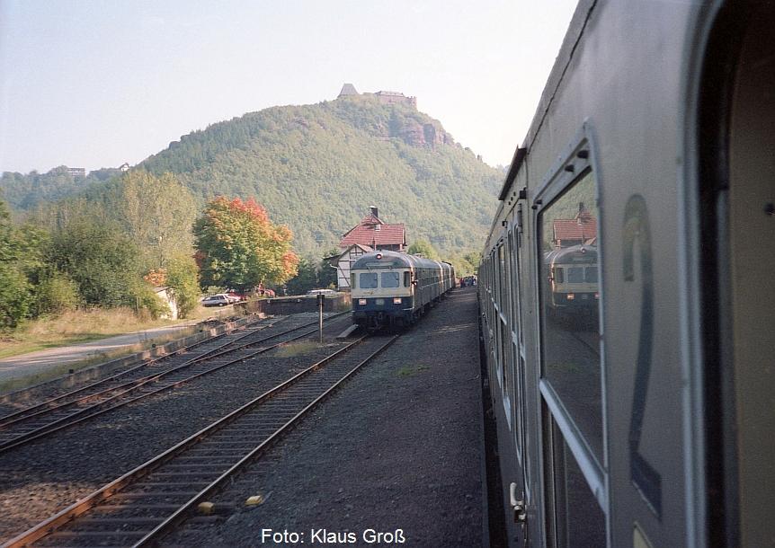 http://www.offenstall-kaltenborn.de/bilderhosting/klaus.gross/212_071_Zugkreuzung_Nideggen_1988_280_21