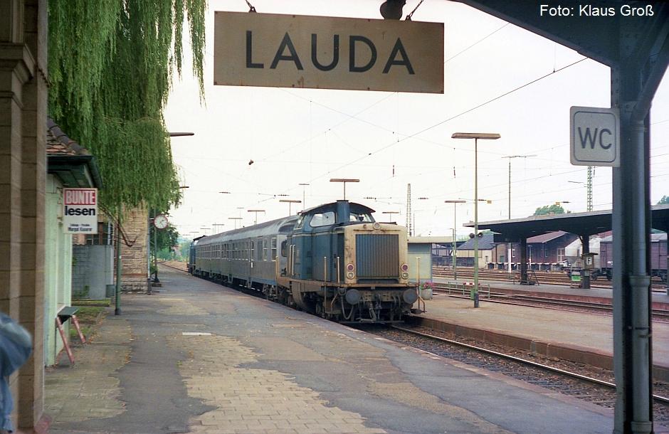 http://www.offenstall-kaltenborn.de/bilderhosting/klaus.gross/212_367_Lauda_1988_278_24