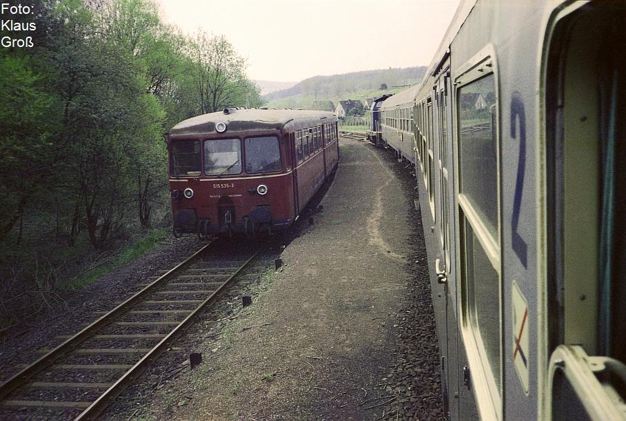 http://www.offenstall-kaltenborn.de/bilderhosting/klaus.gross/515_535_Zugkreuzung_Untermaubach_1988_274_2