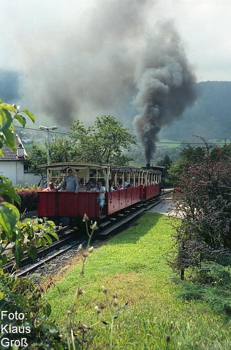 http://www.offenstall-kaltenborn.de/bilderhosting/klaus.gross/Achenseebahn_Lok_2_Jenbach_1991_322_17