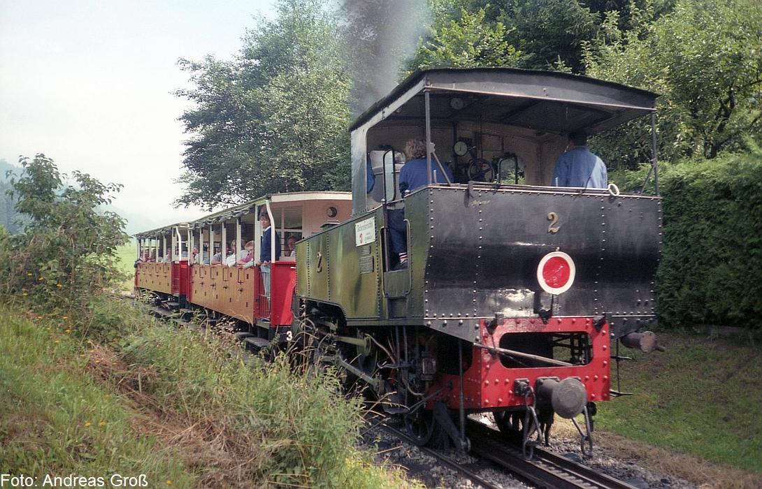 http://www.offenstall-kaltenborn.de/bilderhosting/klaus.gross/Achenseebahn_Lok_2_Jenbach_1991_A58_21
