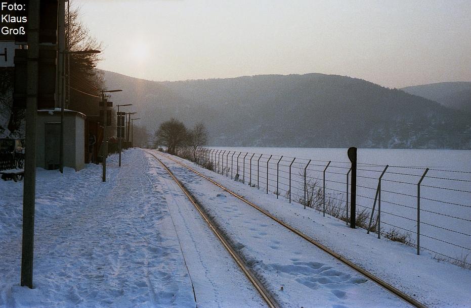 http://www.offenstall-kaltenborn.de/bilderhosting/klaus.gross/Haltepunkt_Obermaubach_1984_233_19