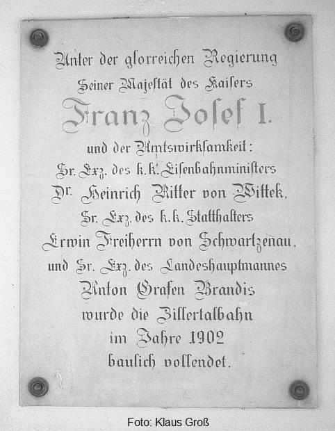 http://www.offenstall-kaltenborn.de/bilderhosting/klaus.gross/Zillertalbahn_Gedenktafel_1968_78_14