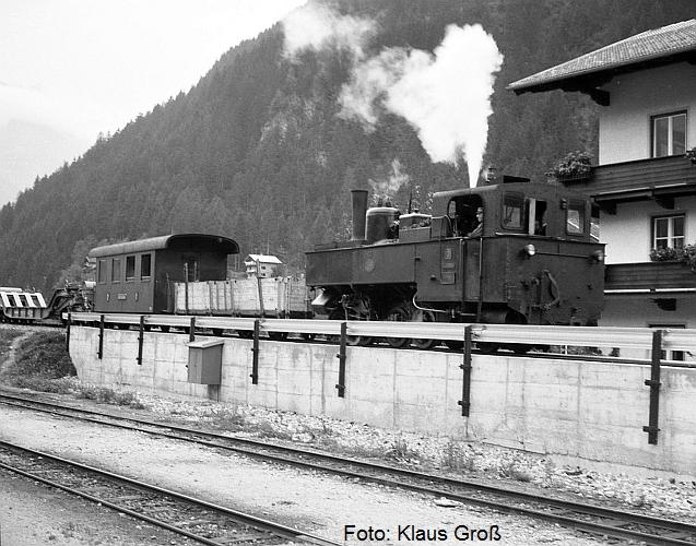 http://www.offenstall-kaltenborn.de/bilderhosting/klaus.gross/Zillertalbahn_Lok_3_Mayrhofen_1968_75_17