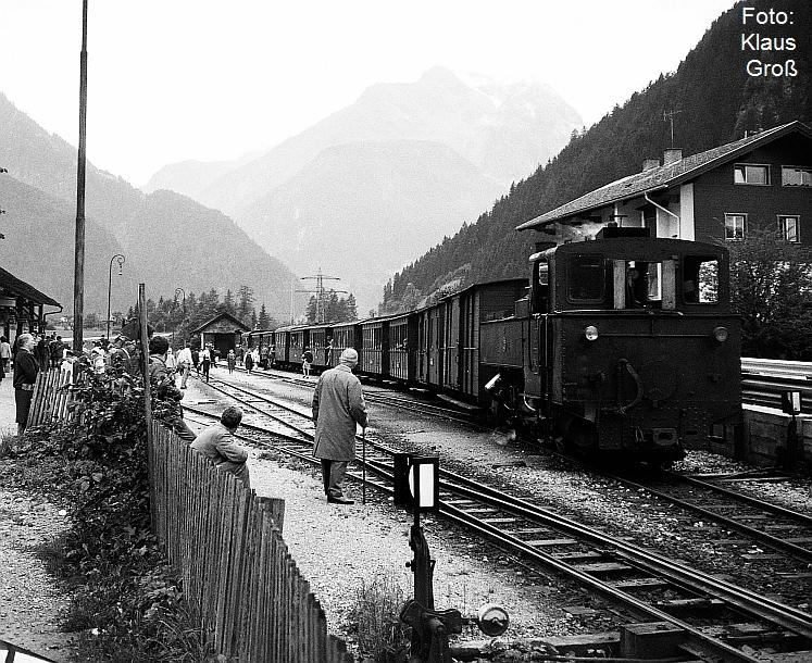 http://www.offenstall-kaltenborn.de/bilderhosting/klaus.gross/Zillertalbahn_Lok_3_Mayrhofen_1968_77_10