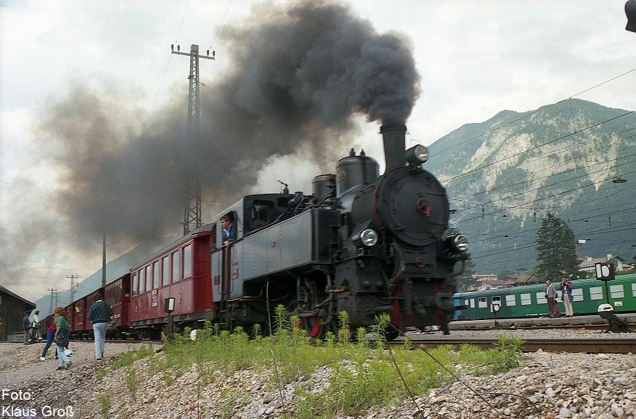 http://www.offenstall-kaltenborn.de/bilderhosting/klaus.gross/Zillertalbahn_Lok_5_Jenbach_1987_267_29