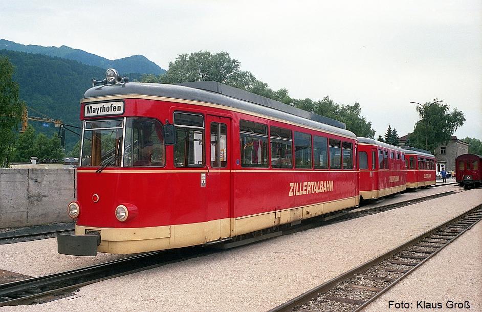 http://www.offenstall-kaltenborn.de/bilderhosting/klaus.gross/Zillertalbahn_VT1_Jenbach_1987_265_13