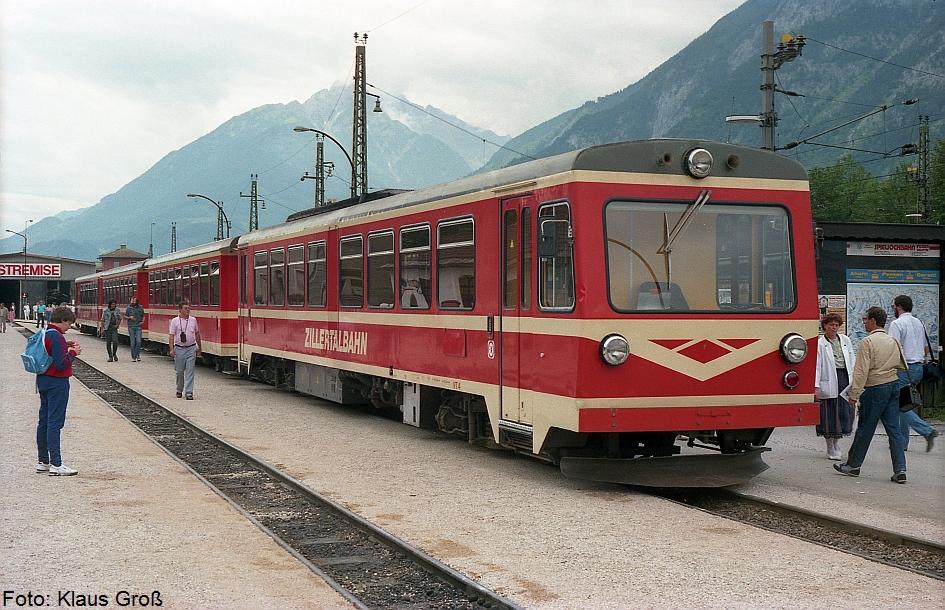 http://www.offenstall-kaltenborn.de/bilderhosting/klaus.gross/Zillertalbahn_VT_4_Jenbach_1987_268_5